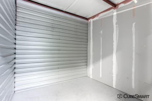 CubeSmart Self Storage - Tampa - 4309 Ehrlich Rd 4309 Ehrlich Rd Tampa, FL - Photo 8