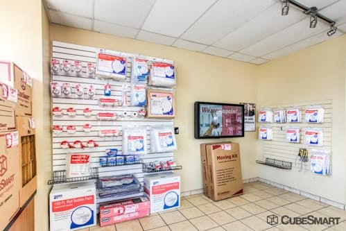 CubeSmart Self Storage - Elizabeth 343 West Grand Street Elizabeth, NJ - Photo 2