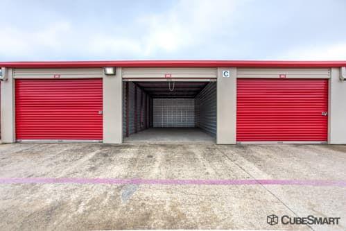 CubeSmart Self Storage - Roanoke - 1201 N Hwy 377 1201 North Highway 377 Roanoke, TX - Photo 4