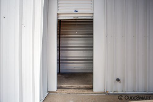 CubeSmart Self Storage - Garland - 2375 Arapaho Rd 2375 Arapaho Rd Garland, TX - Photo 5
