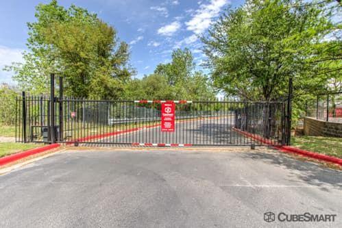 CubeSmart Self Storage - Austin - 610 E Stassney Ln 610 E Stassney Ln Austin, TX - Photo 3