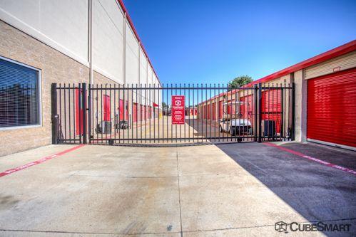 CubeSmart Self Storage - Fort Worth - 1761 Eastchase Pkwy 1761 Eastchase Pkwy Fort Worth, TX - Photo 3