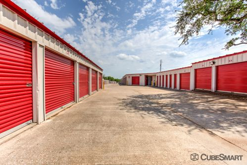 CubeSmart Self Storage - Austin - 10025 Manchaca Rd 10025 Manchaca Rd Austin, TX - Photo 3