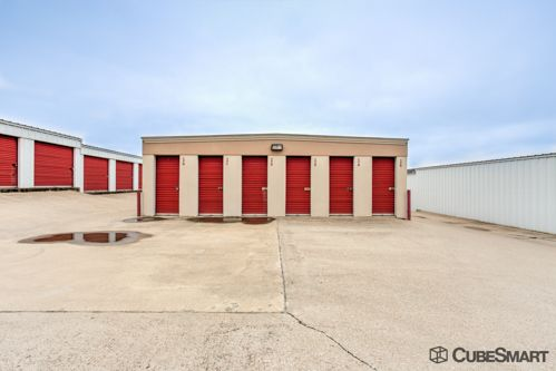 CubeSmart Self Storage - Denton 201 South I-35 East Denton, TX - Photo 4