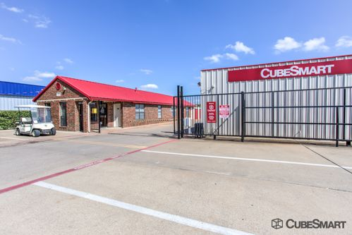 CubeSmart Self Storage - Garland - 1350 N 1st St 1350 N 1st St Garland, TX - Photo 0