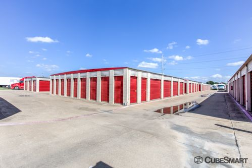 CubeSmart Self Storage - Garland - 1350 N 1st St 1350 N 1st St Garland, TX - Photo 6