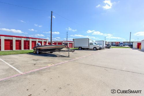 CubeSmart Self Storage - Garland - 1350 N 1st St 1350 N 1st St Garland, TX - Photo 8
