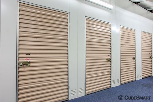 CubeSmart Self Storage - Hilliard 5252 Nike Drive Hilliard, OH - Photo 7