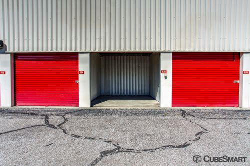 CubeSmart Self Storage - Lakewood - 1324 Hird Avenue 1324 Hird Avenue Lakewood, OH - Photo 5