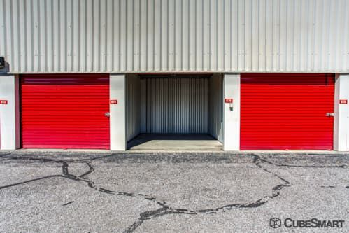 CubeSmart Self Storage - Lakewood - 1324 Hird Avenue 1324 Hird Avenue Lakewood, OH - Photo 5