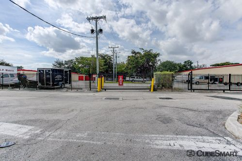 CubeSmart Self Storage - Lake Worth - 6788 Lantana Rd 6788 Lantana Rd Lake Worth, FL - Photo 3