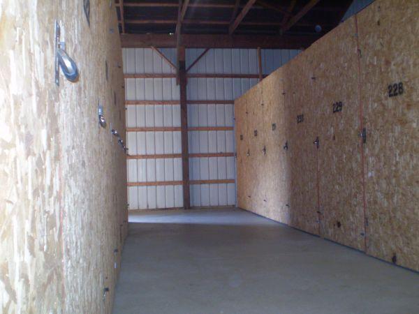 Master Mini Warehouse 2044 S 11th St Niles, MI - Photo 4