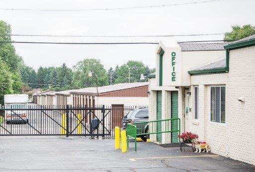 Stor-N-Lock Self Storage 7840 N Wayne Rd Westland, MI - Photo 2