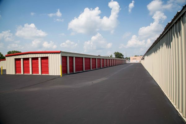National Mini Storage of Gull Road 3330 Gull Rd Kalamazoo, MI - Photo 3