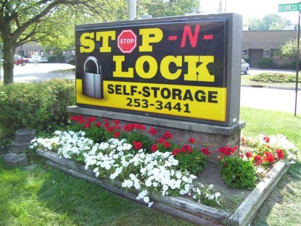 Linden Stop-N-Lock 3636 Linden Ave Dayton, OH - Photo 0