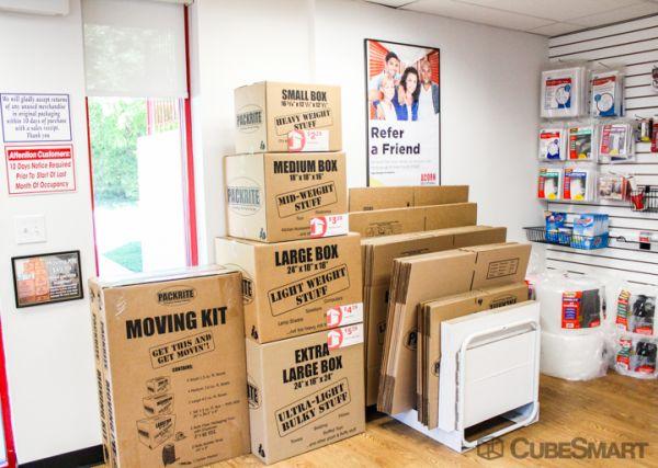 Acorn Self Storage - Kensington 11015 West Ave Kensington, MD - Photo 7