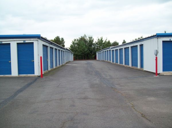 AAAA Self Storage & Moving - Sterling - 45143 Old Ox Rd 45143 Old Ox Rd Sterling, VA - Photo 1