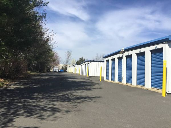 AAAA Self Storage & Moving - Sterling - 45143 Old Ox Rd 45143 Old Ox Rd Sterling, VA - Photo 4