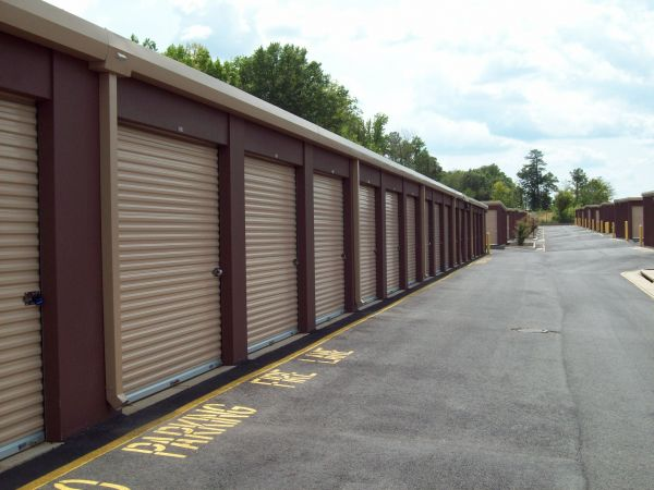 AAAA Self Storage & Moving - Richmond - 100 S Providence Rd 100 S Providence Rd Richmond, VA - Photo 3