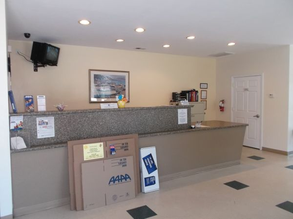 AAAA Self Storage & Moving - Virginia Beach - 1332 Virginia Beach Blvd 1332 Virginia Beach Blvd Virginia Beach, VA - Photo 2