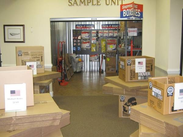 AAAA Self Storage & Moving - Richmond - 1400 Chamberlayne Avenue 1400 Chamberlayne Avenue Richmond, VA - Photo 3