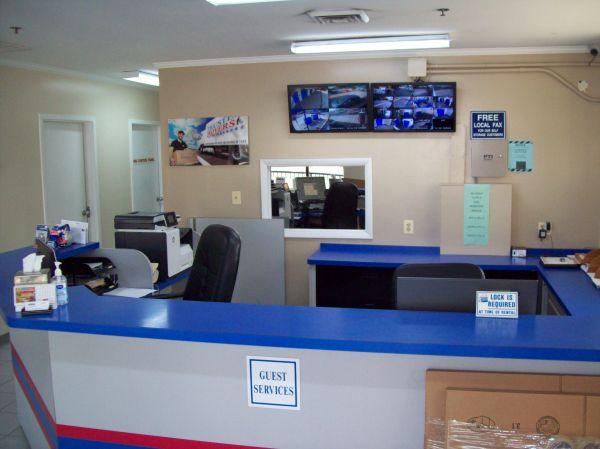 AAAA Self Storage & Moving - Arlington - 2305 S Walter Reed Dr 2305 S Walter Reed Dr Arlington, VA - Photo 3