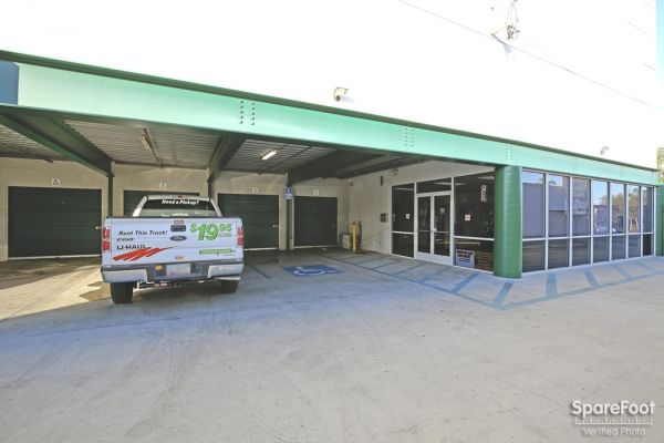 AA Universal Self Storage 6121 Lankershim Blvd North Hollywood, CA - Photo 3