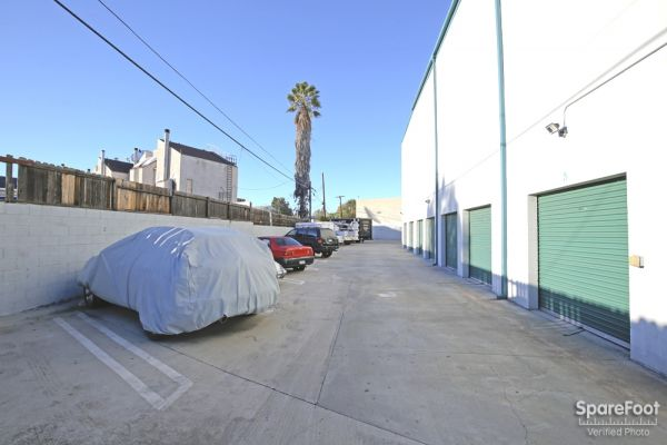 AA Universal Self Storage 6121 Lankershim Blvd North Hollywood, CA - Photo 5