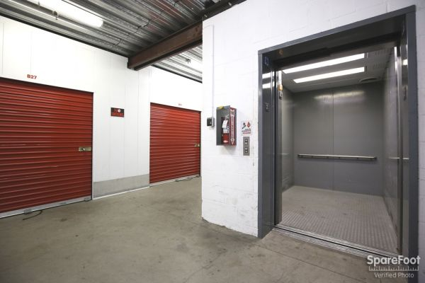 AA Universal Self Storage 6121 Lankershim Blvd North Hollywood, CA - Photo 6