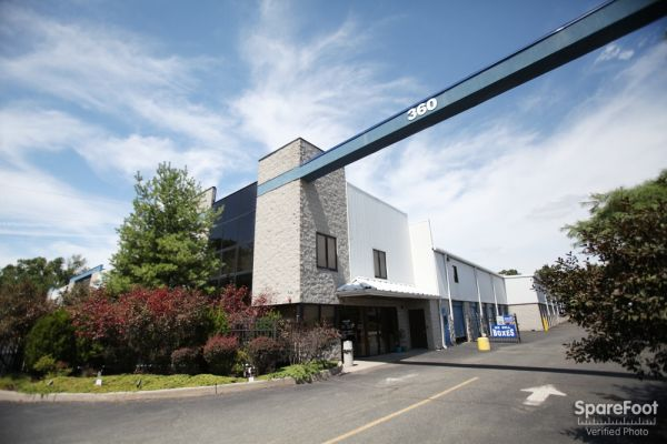 Access Self Storage of Clark 360 Central Ave Clark, NJ - Photo 6
