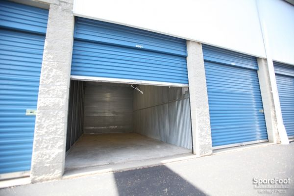 Access Self Storage of Clark 360 Central Ave Clark, NJ - Photo 9