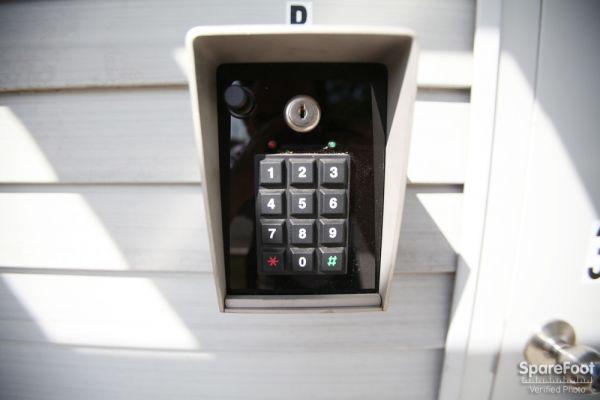 Access Self Storage of Woodbridge 135 Amboy Ave Woodbridge, NJ - Photo 12