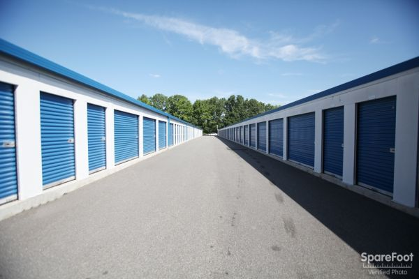 Access Self Storage of Woodbridge 135 Amboy Ave Woodbridge, NJ - Photo 21
