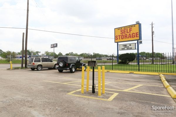 AAA Alliance Self Storage - Houston 11053 Eastex Fwy Houston, TX - Photo 2
