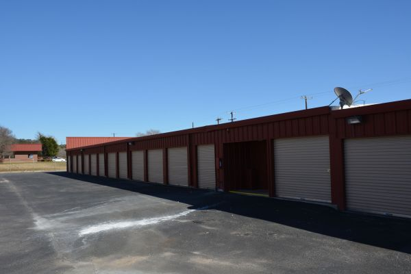 AAA Alliance Self Storage - San Antonio 6335 Camp Bullis Rd San Antonio, TX - Photo 2