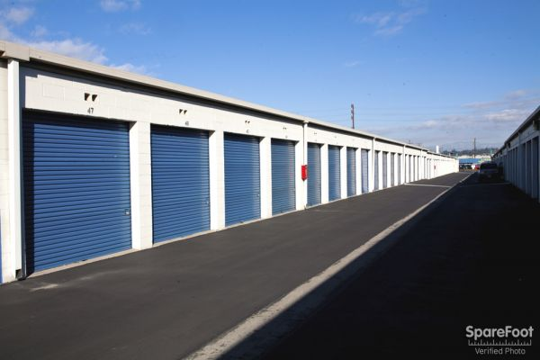 Storage Etc. - Anaheim 900 E Orangethorpe Ave Anaheim, CA - Photo 4