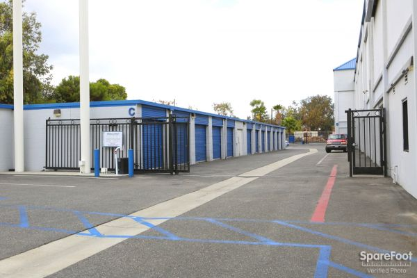 Storage Etc. - Long Beach 2911 Redondo Ave Long Beach, CA - Photo 2
