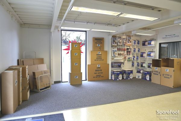 Storage Etc. - Long Beach 2911 Redondo Ave Long Beach, CA - Photo 11