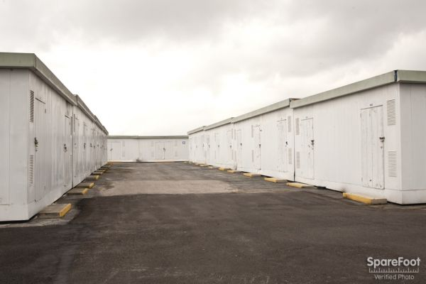 Storage Etc. - Carson 20501 S Main St Carson, CA - Photo 7