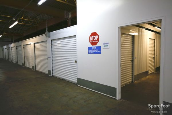 Storage Etc. - Torrance 2545 W 190th St Torrance, CA - Photo 7