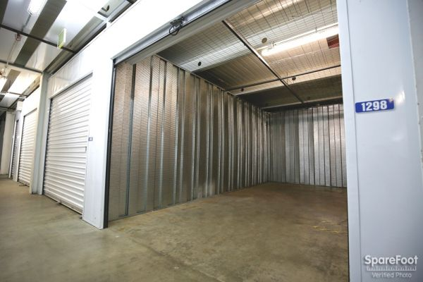 Storage Etc. - Torrance 2545 W 190th St Torrance, CA - Photo 12