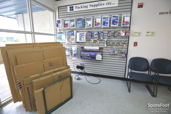 Storage Etc. - Torrance 2545 W 190th St Torrance, CA - Photo 14