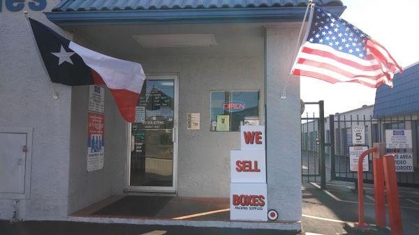Your Storage Place - North San Antonio 6414 San Pedro Ave San Antonio, TX - Photo 13