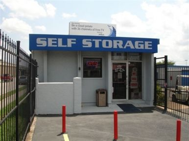 Your Storage Place Houston Gulf Fwy9330 Fwy Tx Photo