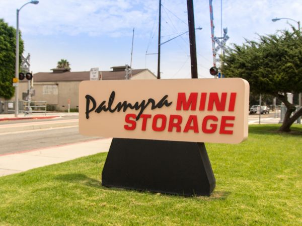 Palmyra Mini Storage 512 W Palmyra Ave Orange, CA - Photo 2