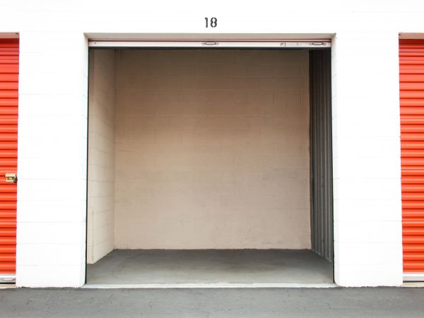 Palmyra Mini Storage 512 W Palmyra Ave Orange, CA - Photo 10