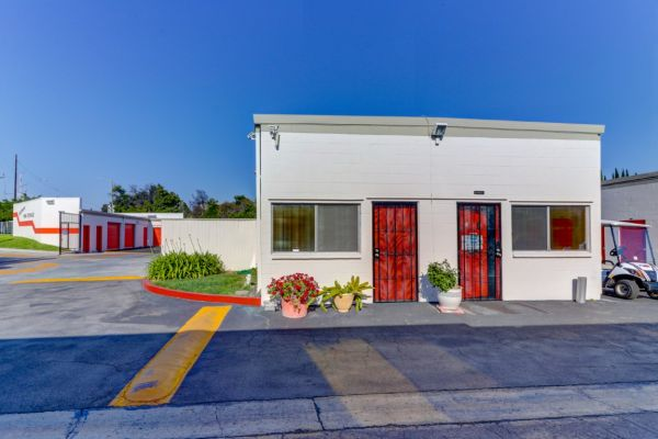 Palmyra Mini Storage 512 W Palmyra Ave Orange, CA - Photo 35