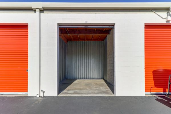Palmyra Mini Storage 512 W Palmyra Ave Orange, CA - Photo 41