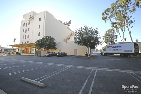 Studio Self Storage 6200 Lankershim Blvd North Hollywood, CA - Photo 2
