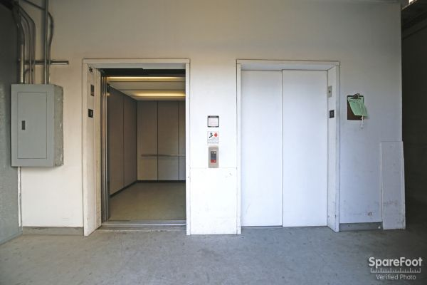 Studio Self Storage 6200 Lankershim Blvd North Hollywood, CA - Photo 5